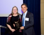 Deirdre Schlunegger presents Frank Yiannas with 2015 Industry Advocate Hero award
