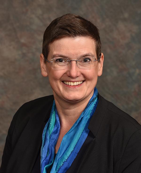 Susanne Kuehne, Decernis
